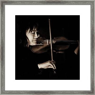 Violinista #dallas #texas #music #violin Framed Print
