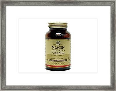Vitamin B3 Supplements Framed Print by Victor De Schwanberg