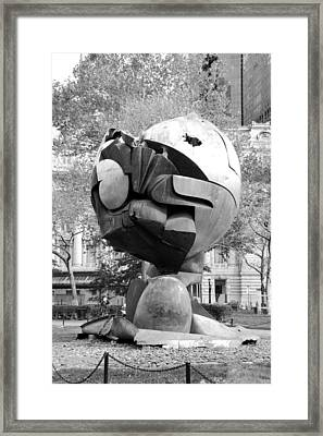 W T C Fountain Sphere In Black And White Framed Print by Rob Hans