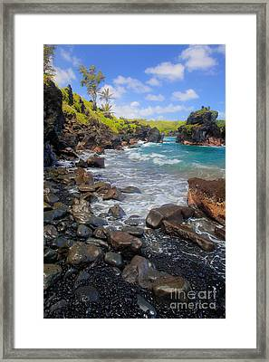 Waianapanapa Rocks Framed Print by Inge Johnsson