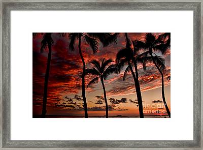Waikiki Sunset Framed Print by David Smith