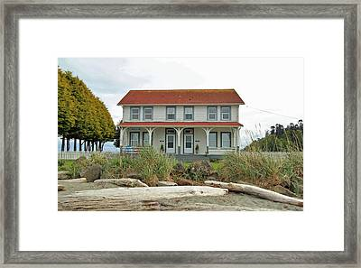 Framed Print featuring the photograph Waiting For Guests by E Faithe Lester