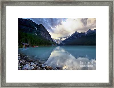 Waiting For Sunrise At Lake Louise Framed Print by Teresa Zieba