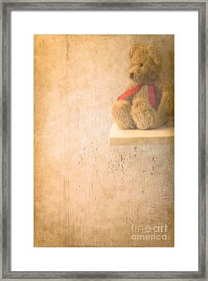 Waiting  Framed Print by Jan Bickerton