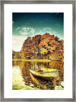 Waiting Framed Print by Mo T
