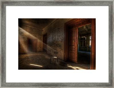 Waiting  Framed Print by Nathan Wright