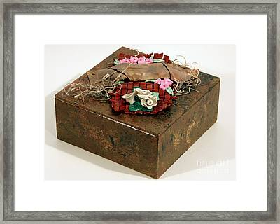Wall And Table Garden Framed Print by P Russell