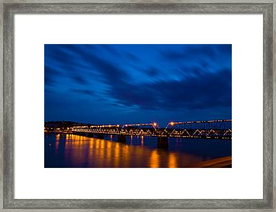 Walnut Street Walking Bridge Framed Print by David Simons