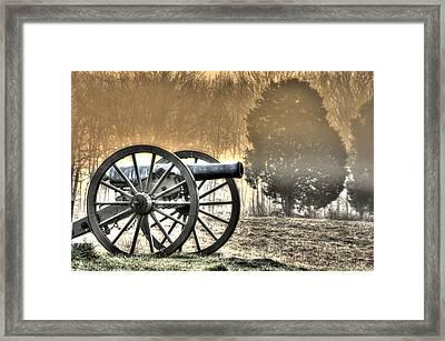 War Thunder - 1st Ny Light Artillery Battery D The Wheatfield Sunrise Morning Mist Gettysburg Framed Print