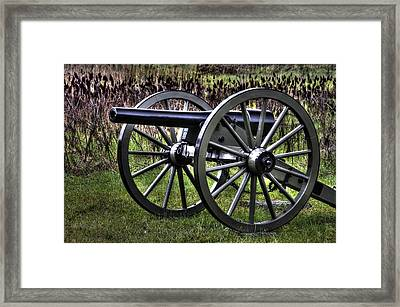 War Thunder - 4th New York Independent Battery 1a - In The Slaughter Pen Near Devils Den Gettysburg Framed Print