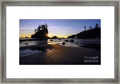 Washington Coast Evening Sunstar Tide Framed Print by Mike Reid