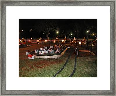 Washington Dc - Christmas At The Ellipse - 12123 Framed Print by DC Photographer