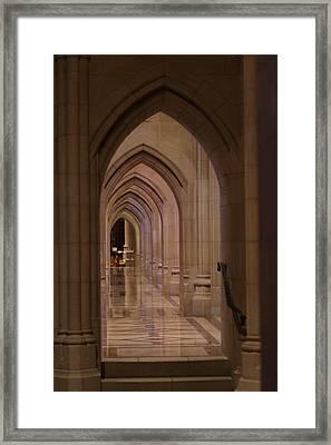 Washington National Cathedral - Washington Dc - 01136 Framed Print by DC Photographer