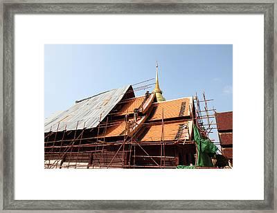 Wat Phra That Lampang Luang - Lampang Thailand - 01136 Framed Print