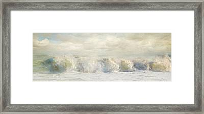 Wave 10 Framed Print