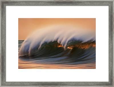 Wave  Mg6894a Framed Print