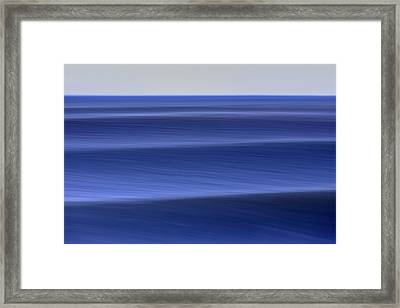 Waves Approaching  C6j8218 Framed Print