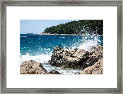 Waves Framed Print by Iryna Soltyska