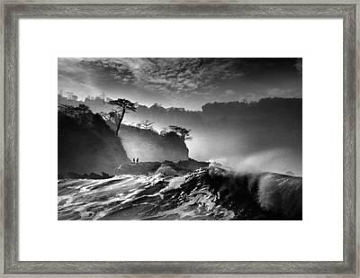Waves Present That Morning Framed Print by Saelanwangsa