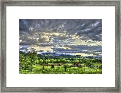 Wears Valley Barn Great Smokey Mountains Framed Print by Reid Callaway