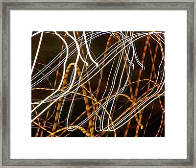 Weaving On The Beltway Framed Print by Lynda Lehmann