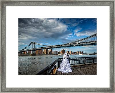 Wedding Photos At The Manhattan Bridge Framed Print