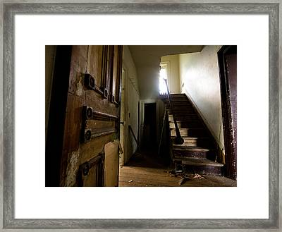 Welcome Home Framed Print by Cale Best