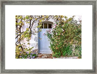 Bienvenue A La Maison  Framed Print