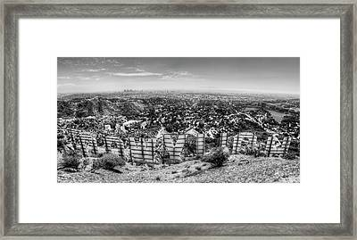 Welcome To Hollywood - Bw Framed Print