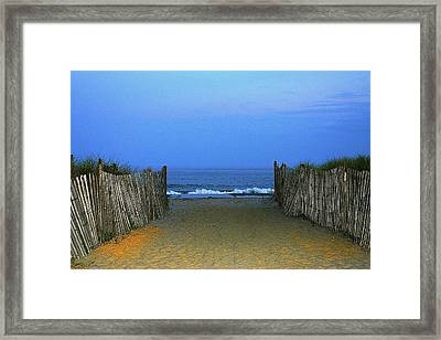 Welcoming Dusk Framed Print