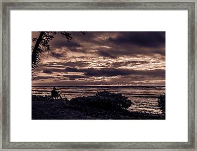 Welcoming The Sun Framed Print