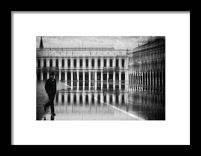 Palace Square Framed Prints