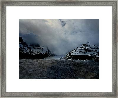 Where Sky Meets Ground Framed Print by Shirley Sirois