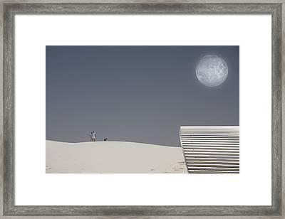 White Sands Moonrise Framed Print