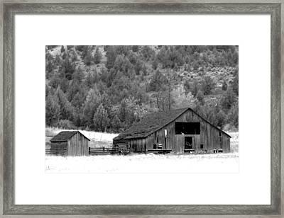 Whole Lotta Shakin' Goin' On Framed Print by Everett Bowers