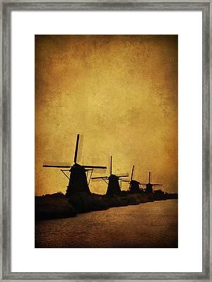 Windmils Of Kinderdjik Framed Print