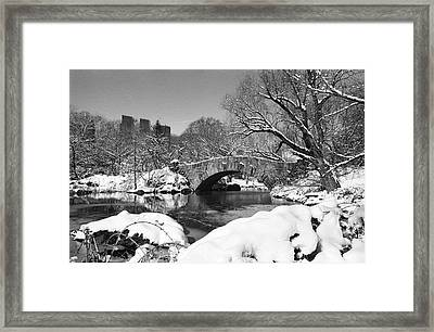 Winter At Gapstow Bridge Framed Print