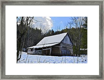 Winter Barn Framed Print by Susan Leggett