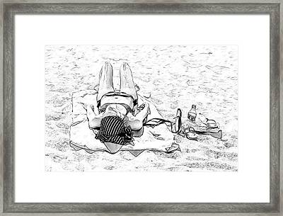 Woman On Beach Framed Print by Les Palenik