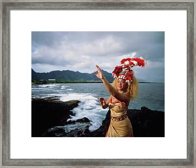 Woman Wearing A Traditional Samoan Framed Print