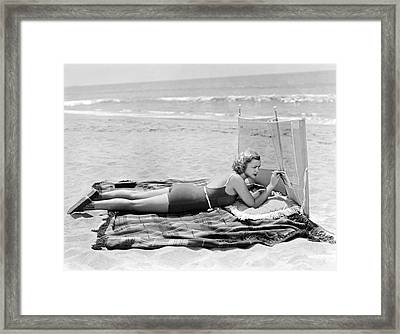 Woman With A Beach Screen Framed Print by Underwood Archives