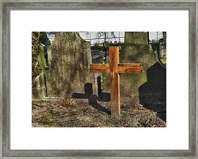 Wooden Cross Framed Print by Hans Engbers