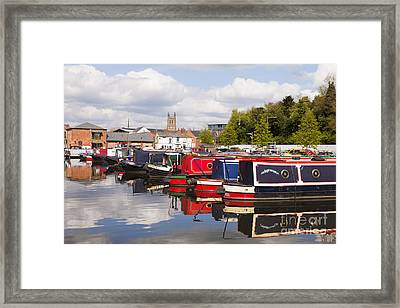 Worcester Diglis Basin Narrow Boats Framed Print by Colin and Linda McKie