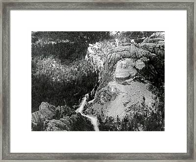 Working On Mount Rushmore Framed Print by American Philosophical Society