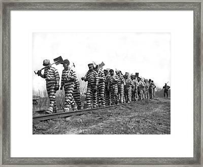 Working On The Chain Gang Framed Print by Underwood Archives