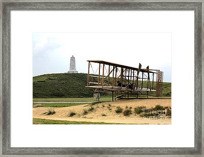 Wright Brothers Memorial At Kitty Hawk Framed Print by William Kuta