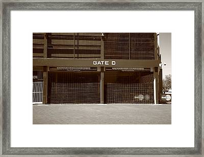 Wrigley Field - Chicago Cubs 24 Framed Print by Frank Romeo