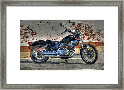 Yamaha Virago 01 Framed Print by Andy Lawless