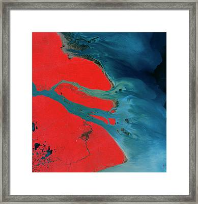 Yangtze Delta And Shangai Framed Print by Mda Information Systems/science Photo Library