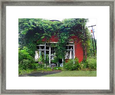 Ye Olde Country Store Framed Print by Tammy Cantrell